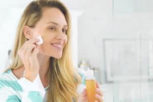 Is Apple Cider Vinegar Good for Skin? (Does it Burn?)