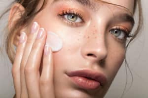 Read more about the article How Long Does Salicylic Acid Take to Absorb?