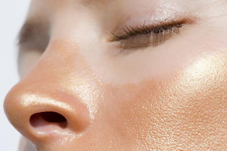 How to Use White Vinegar for Sunburn Relief?