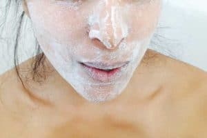 Read more about the article Is Baking Soda Good or Bad for Your Skin?