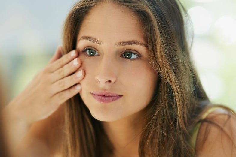 how to look best on beige skin tone