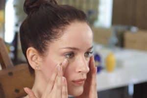 Jojoba Oil Vs. Almond Oil for Skin