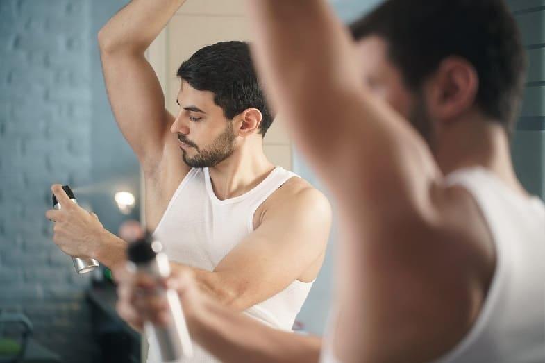 causes of armpit skin peeling