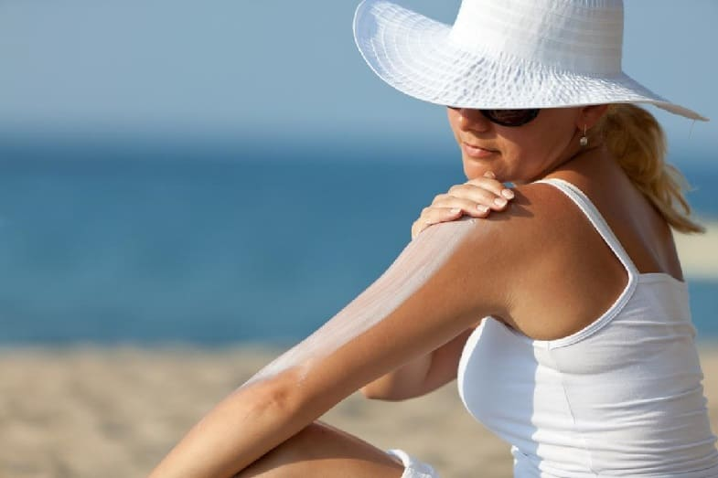 how to prevent skin peeling after a sunburn