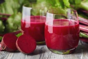 10 Beetroot Juice Benefits for Skin