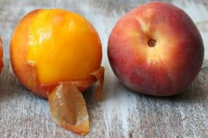 Can You Eat Peach Skin? (Benefits and Risks)