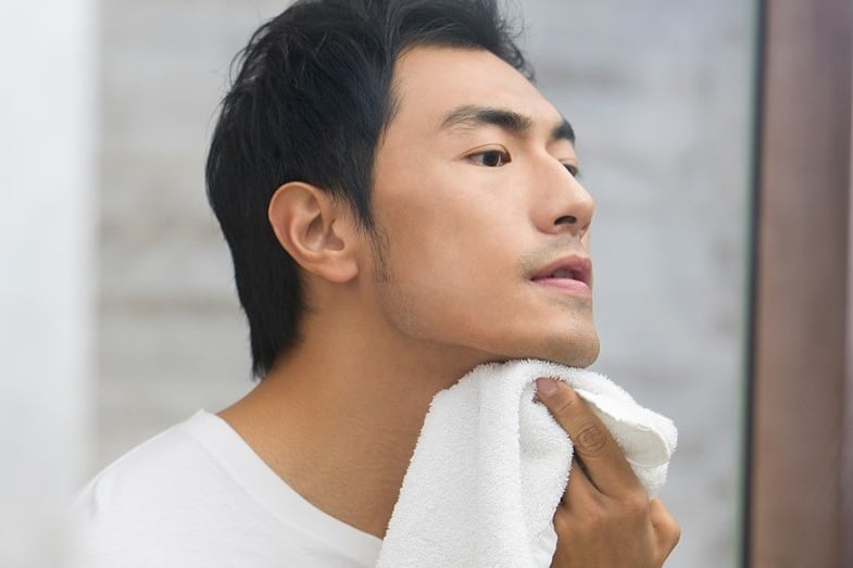 how to prevent skin tags on neck
